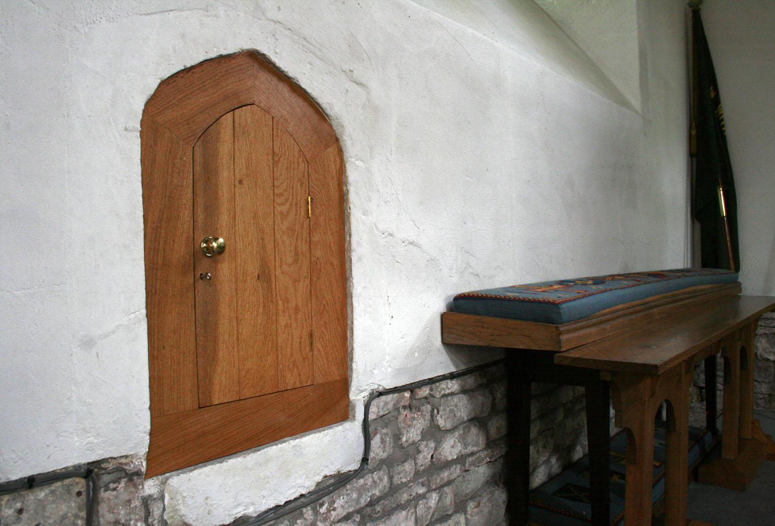 Bespoke Cabinet Maker bristol, built in cabinet bristol