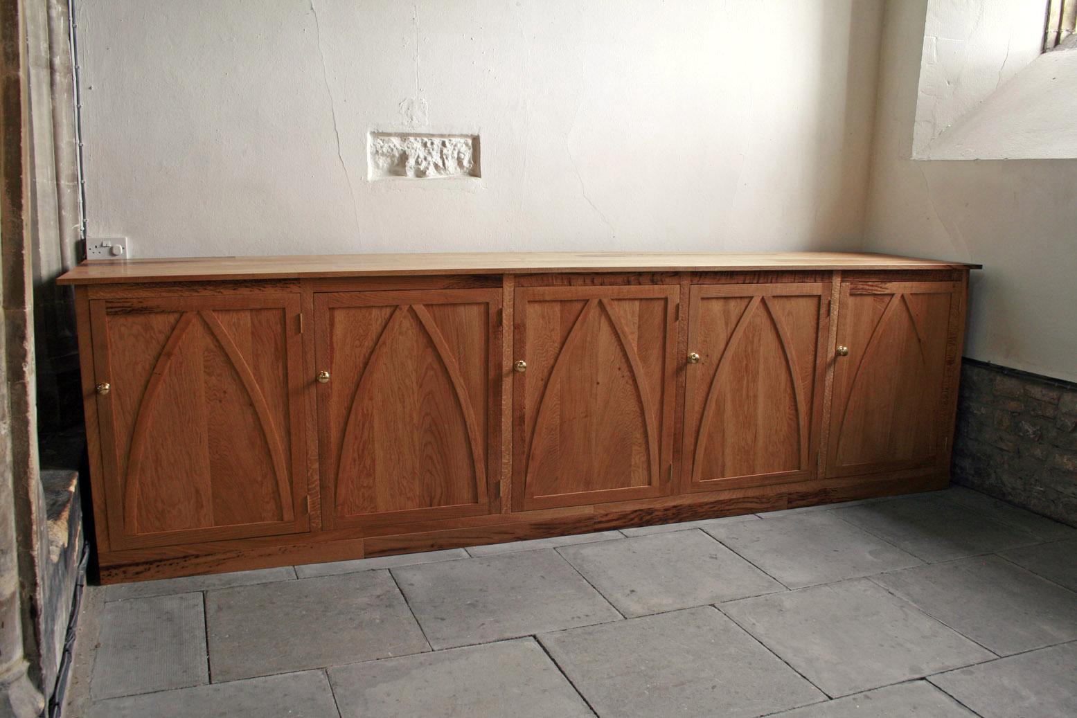 English Oak furniture maker somerset, built in wardrobe bristol