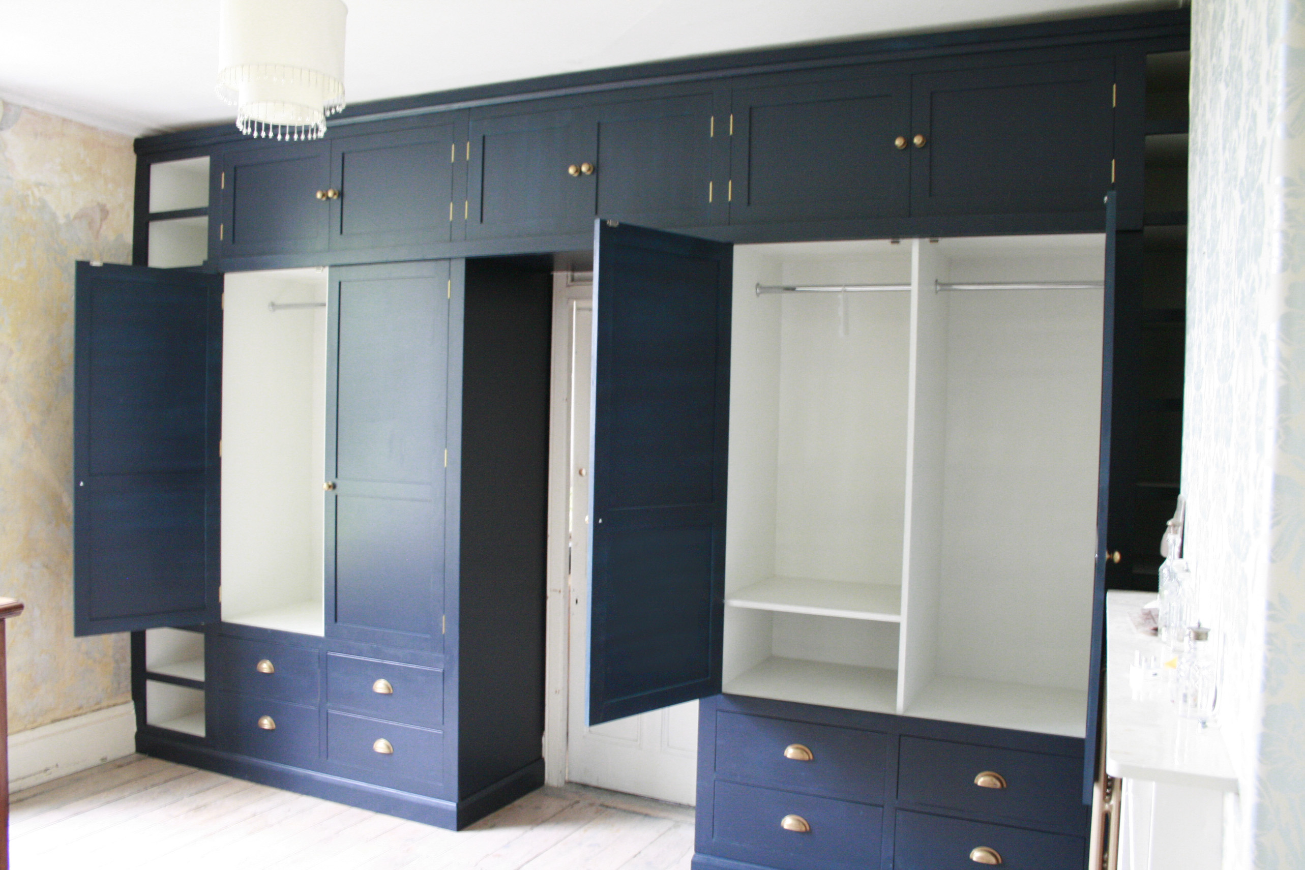 bristol built in wardrobe, fitted furniture, wardrobe, arbor furniture, frome