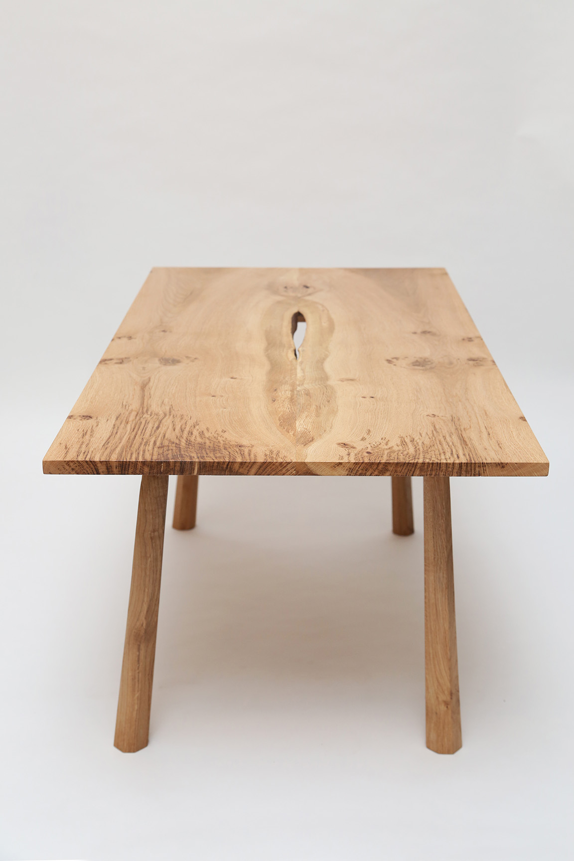 arbor furniture, coffee table, bristol, english oak, oak, bookmatch, bookmatched table, oak table, oak furniture, furniture maker, bristol, bath, somerset furniture