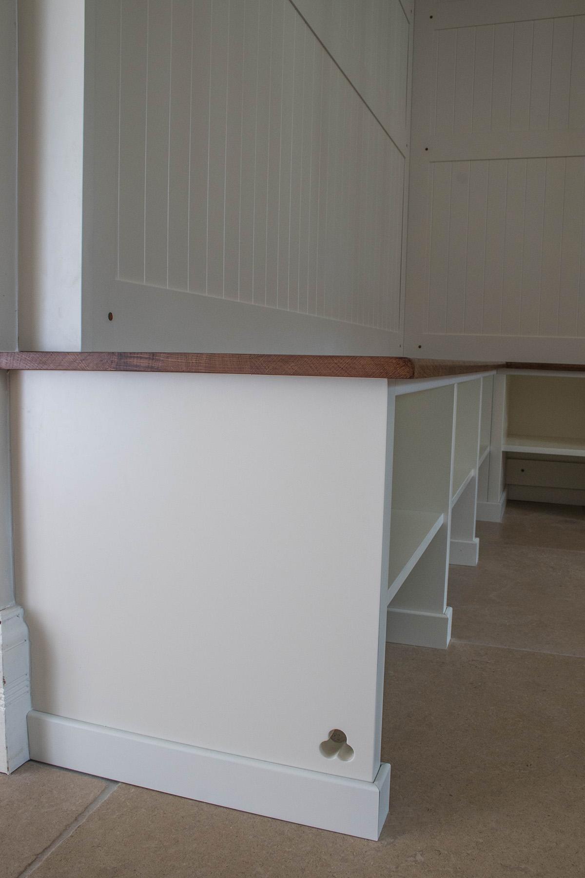 fitted wardrobe bristol, furniture maker bristol, fitted bootroom bristol