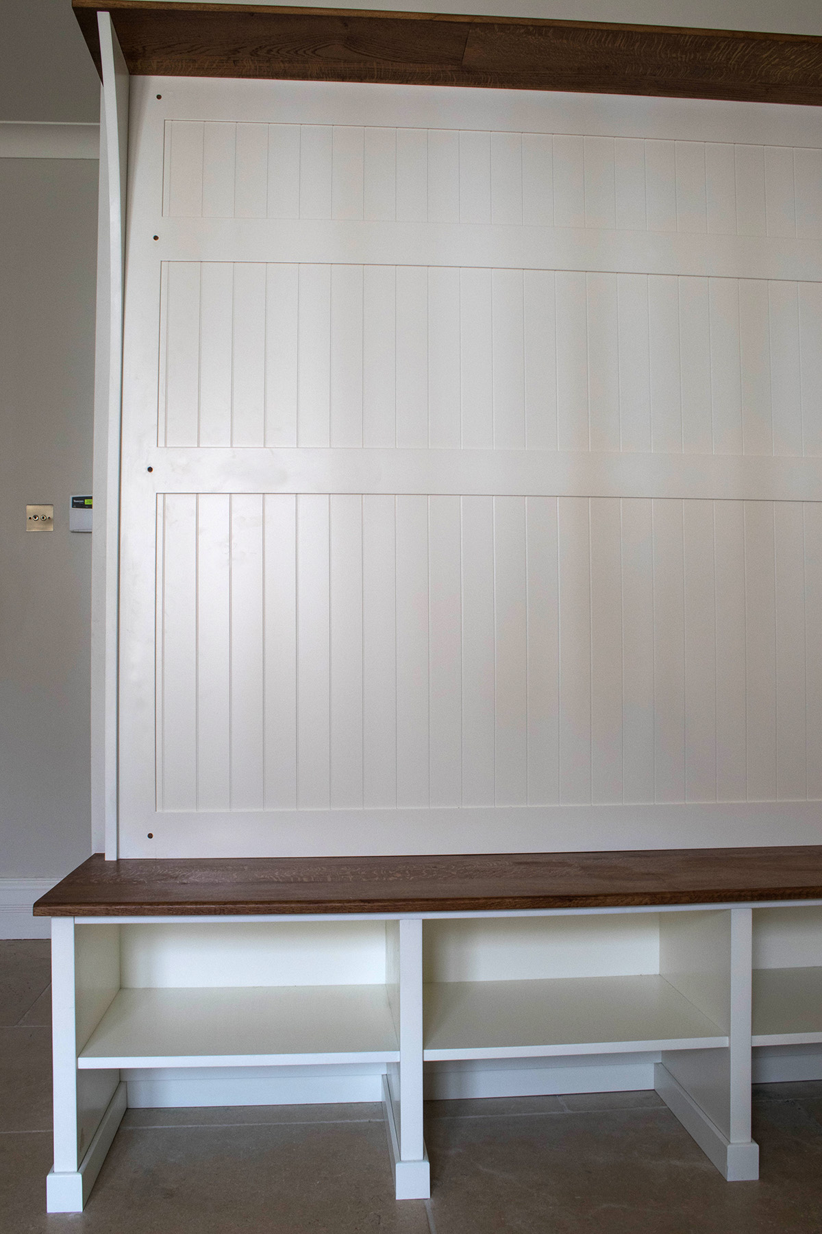 built in wardrobe bristol, fitted cloak room, boot room, furniture maker bristol