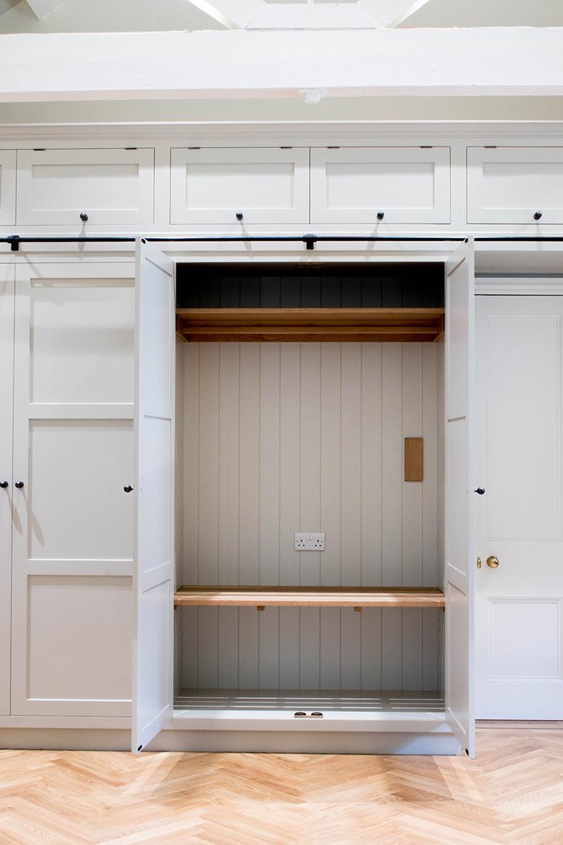 oak wardrobe, fitted wardrobe, furniture maker bristol